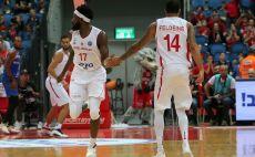 סולימאן בריימו, ג'יימס פלדין צילום(FIBA)
