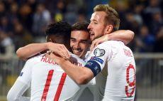 שחקני נבחרת אנגליה חוגגים צילום(ROBERT ATANASOVSKI/AFP via Getty Images)