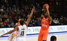 ג'רמי האלוול צילום(אתר FIBA)
