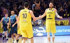 גיא פניני, טי ג'יי קליין צילום(FIBA)