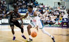 ג'ייקובן בראון צילום(אתר FIBA)