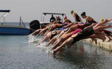 הזינוק לתחרות באילת צילום(פטריסיה בן עזרא, באדיבות איגוד השחייה)