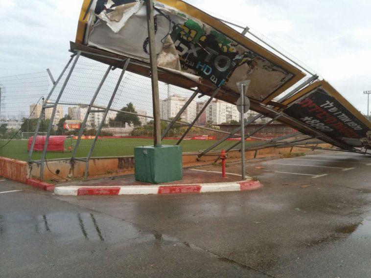 הגדר במתחם חודורוב נפגעה מהסערה