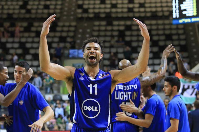 ניצחון חוץ גדול להרצליה, 79:88 על מכבי חיפה