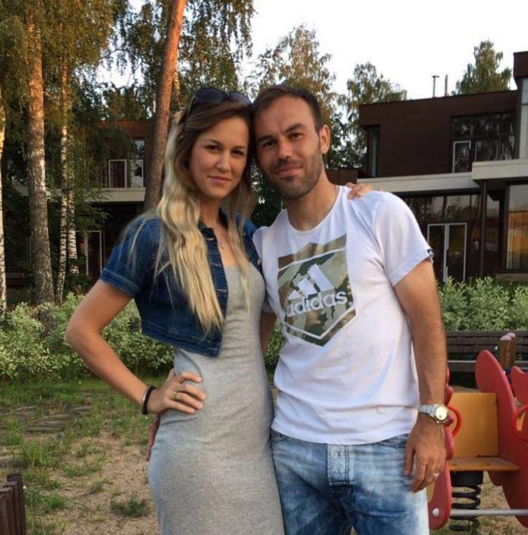 ביברס נאתכו ואשתו טליה