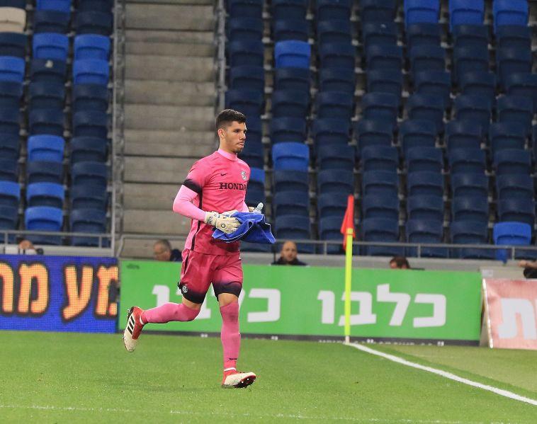 מכבי חיפה החליטה לצרף שוער בכיר בעונה הבאה, קליימן מועמד
