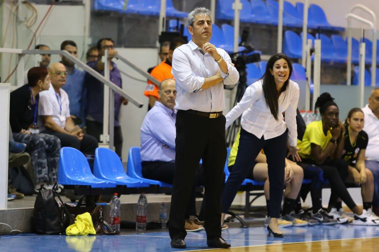 איגוד הכדורסל הודיע: אלי רבי יחזור לאמן את נבחרת הנשים