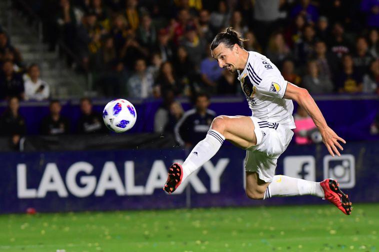דיווח באיטליה: איברהימוביץ' מצטרף למילאן לחצי עונה