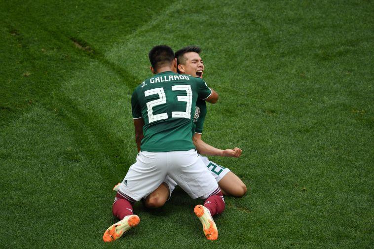 שחקני נבחרת מקסיקו חוגגים