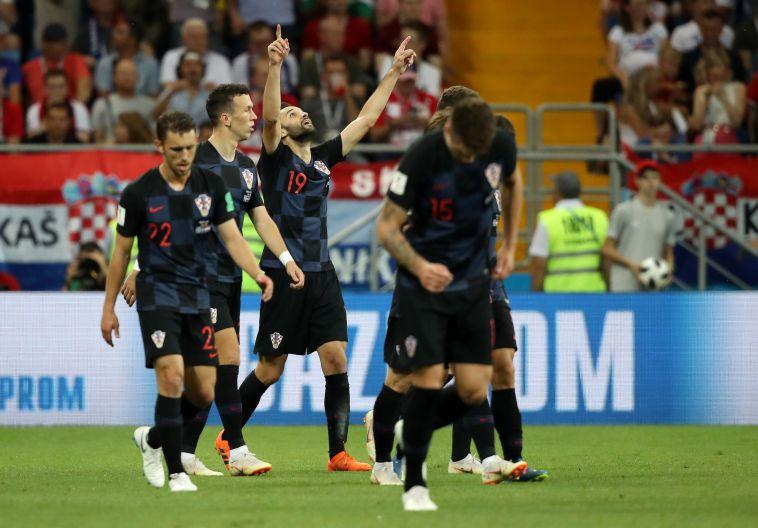שחקני נבחרת קרואטיה חוגגים