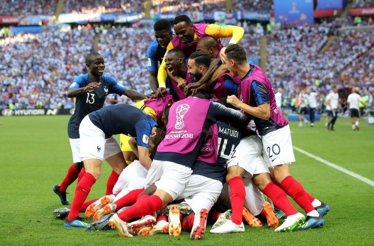 צפו בתקציר: צרפת הדיחה את מסי וארגנטינה אחרי 3:4 מטורף