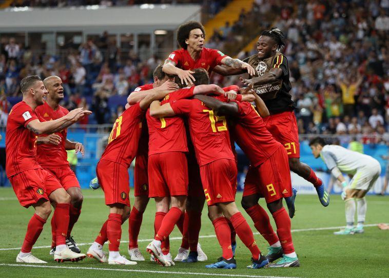 שחקני נבחרת בלגיה חוגגים