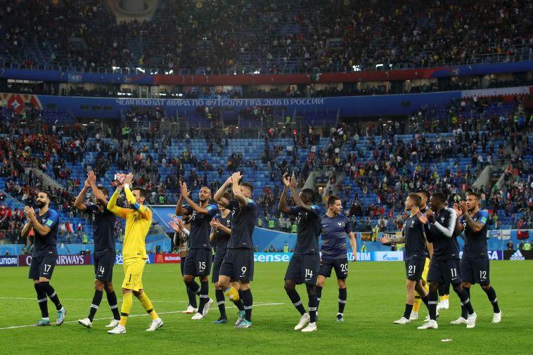 שחקני נבחרת צרפת חוגגים