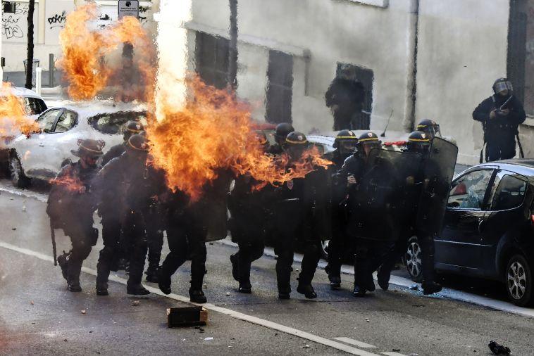 מהומות בצרפת