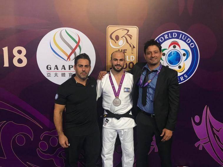 מדליית כסף לברוך שמאילוב בטורניר המאסטרס בסין