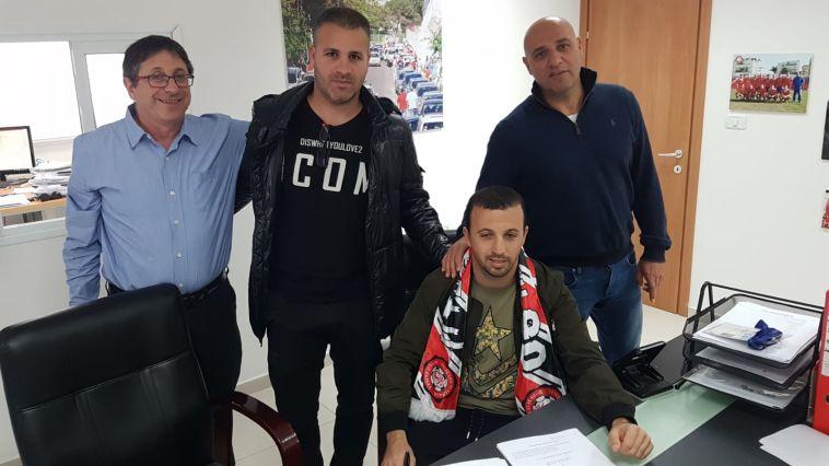 בני בן זקן חתם לעונה וחצי בהפועל רמת גן