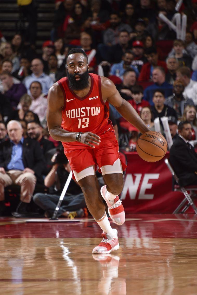 מספרי הלילה ב-NBA: הארדן לא נעצר, דונצ'יץ' השתווה ללברון