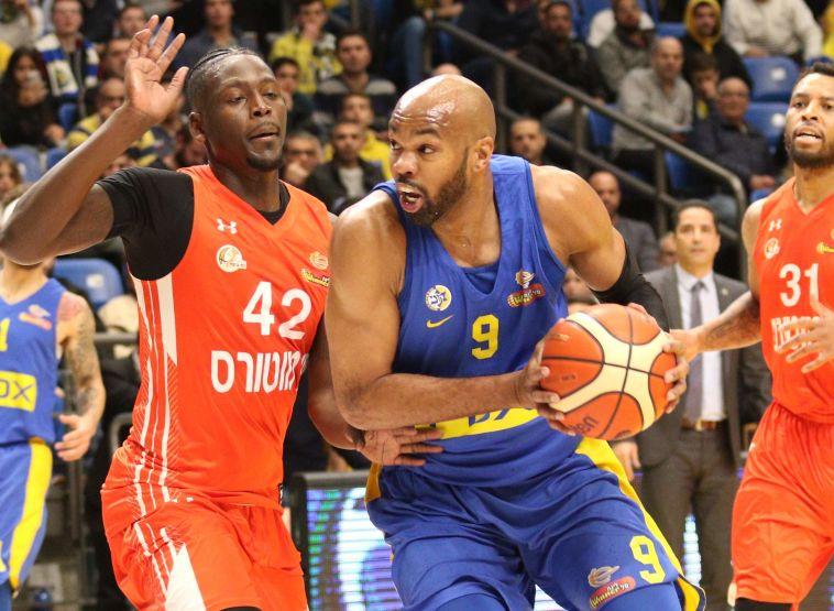 השביעי ברציפות: מכבי תל אביב ניצחה 74:86 את נס ציונה