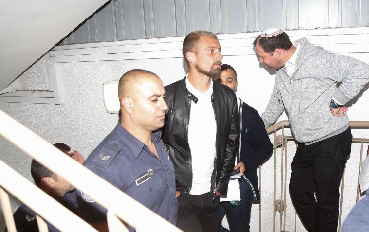גבריאל תמאש הוא השחקן שנעצר בחשד לנהיגה בשכרות