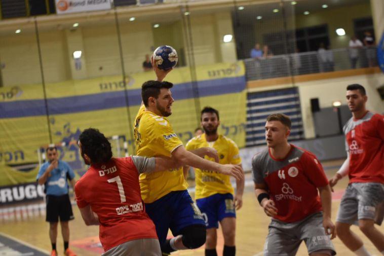 מכבי ראשון לציון עלתה ל-0:1 לאחר משחק צמוד נגד אשדוד