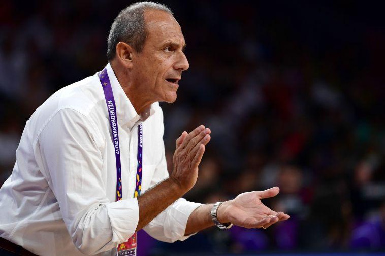 אטורה מסינה מונה למאמן מילאנו לשלוש העונות הבאות