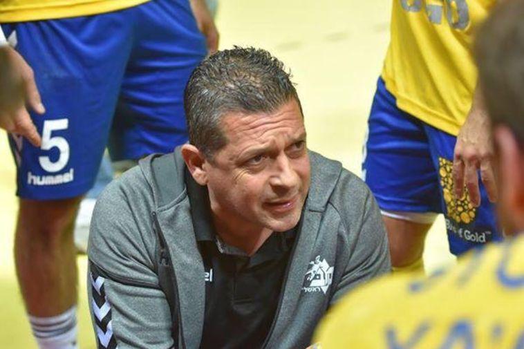 סער פרנקל סיים את תפקידו כמאמן מכבי ראשון לציון