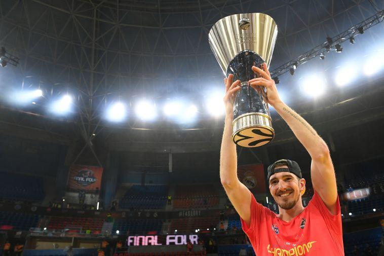 ויתר על ה-NBA: ננדו דה קולו סיכם עקרונית בפנרבחצ'ה