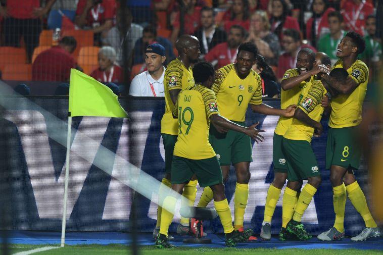 שחקני נבחרת דרום אפריקה חוגגים