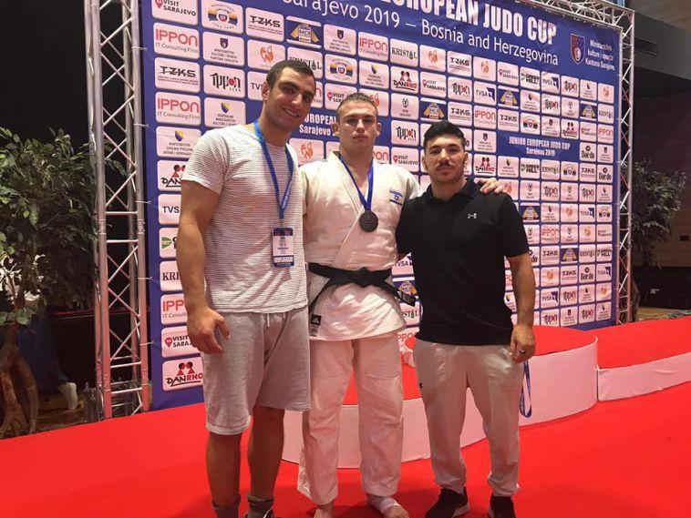 נדב ז'ורט זכה בארד בתחרות גביע אירופה לנוער בבוסניה
