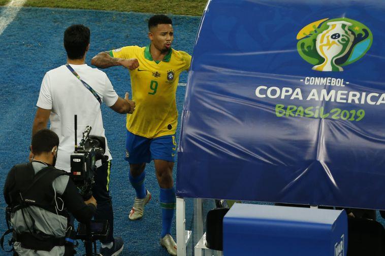 בשל אירועי גמר הקופה: גבריאל ז'סוס הושעה לחודשיים מהנבחרת