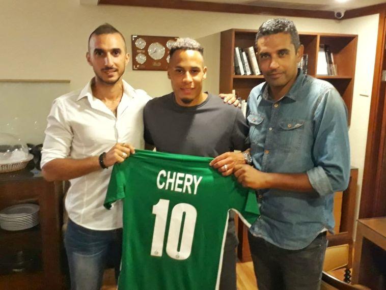 עכשיו זה רשמי: טיירון שרי חתם לשנתיים במכבי חיפה