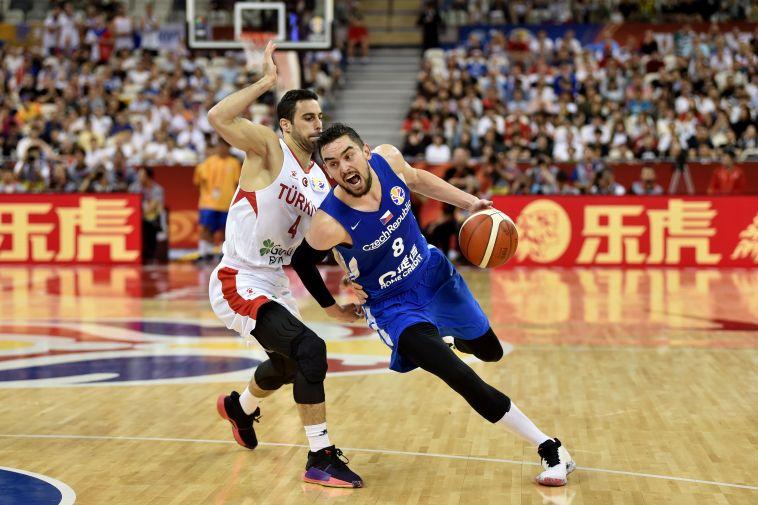 צ'כיה וננו גינזבורג בשמינית הגמר לאחר ניצחון על טורקיה