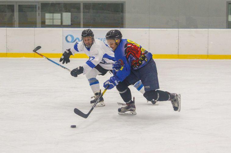 הוקי קרח בשרון