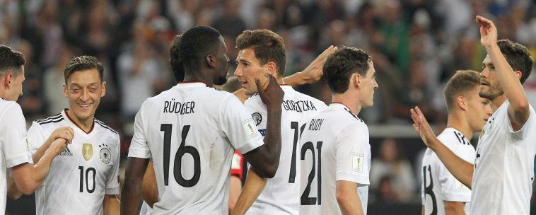 שחקני נבחרת גרמניה חוגגים (AFP)