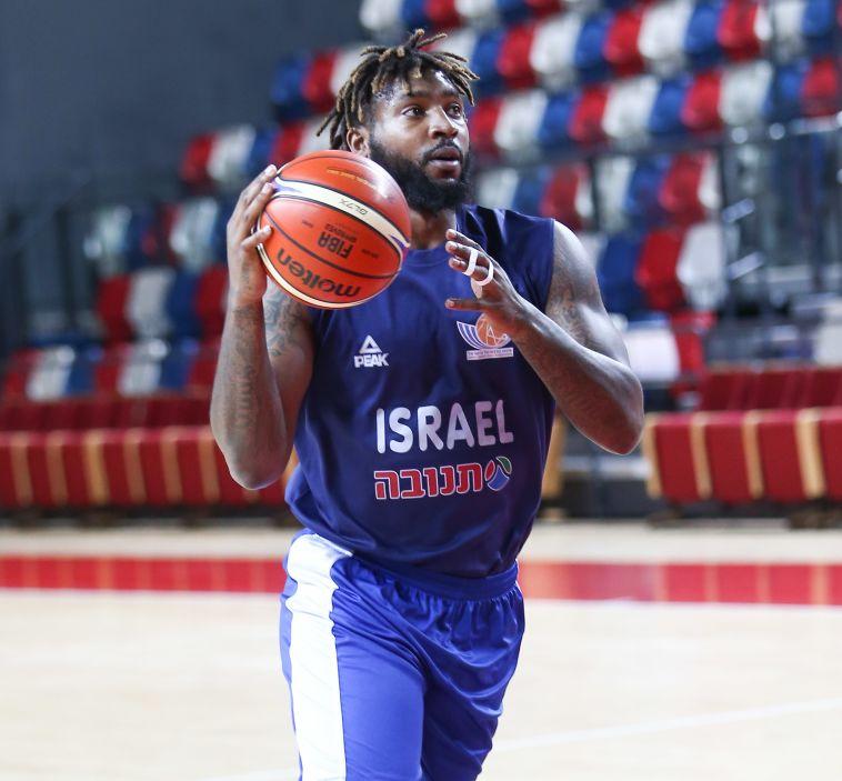 קדנציה חמישית בישראל. ריצ'רד האוול (דני מרון)