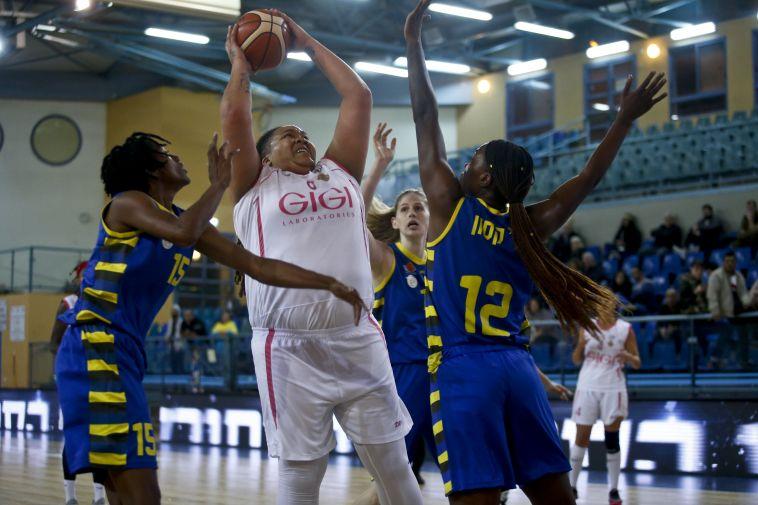 דניאל אדמס (מגד גוזאני, מנהלת ליגת העל לנשים בכדורסל)