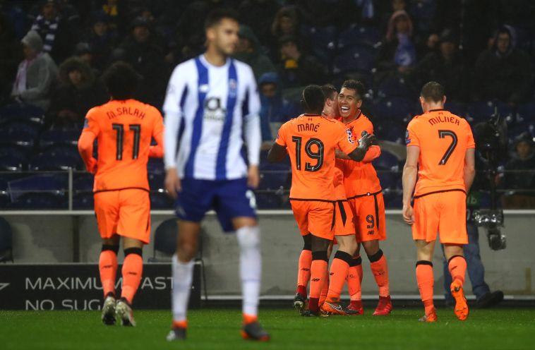 שחקני ליברפול חוגגים בדרגאו (AFP)