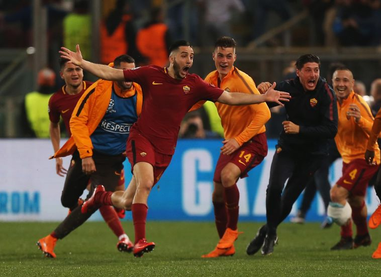 """שחקני רומא חוגגים העפלה לחצי הגמר. """"לא חשבתי שזה אפשרי"""" (Gettyimages)"""