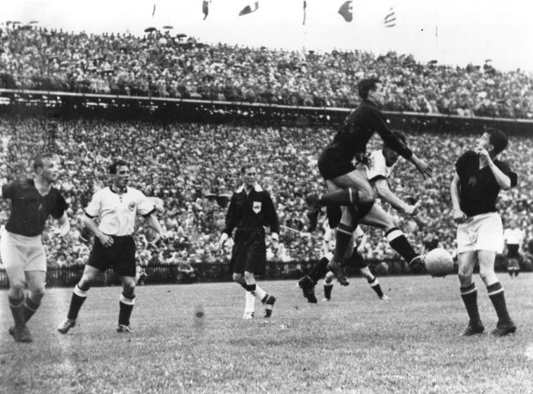 גמר גביע העולם 1954. פושקאש היה אמור להוביל את הונגריה (Gettyimages)