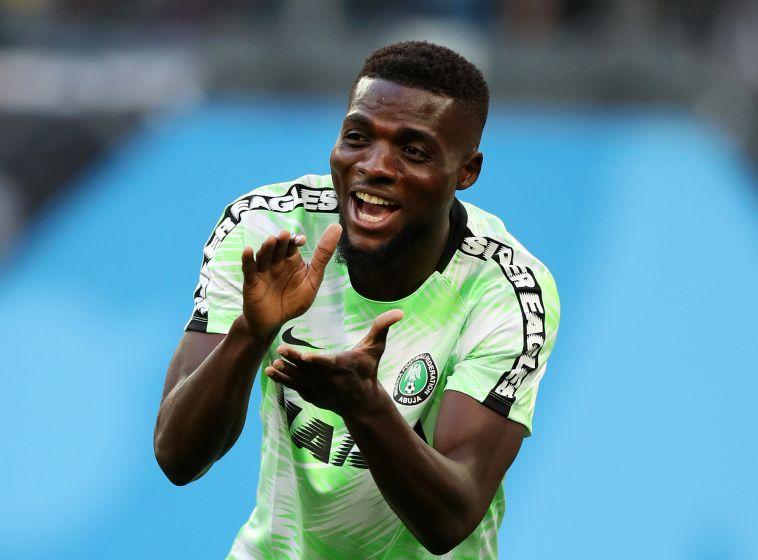 אוגו במדי נבחרת ניגריה. לא שיחק דקה במונדיאל (Gettyimages)