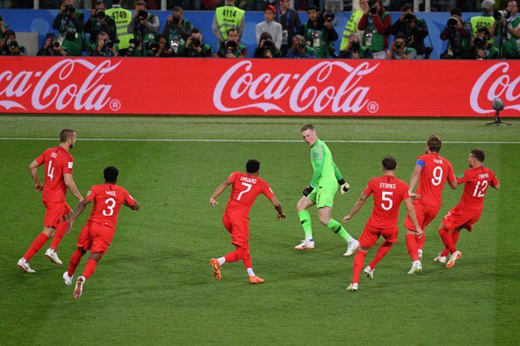 שחקני נבחרת אנגליה חוגגים (Gettyimages)