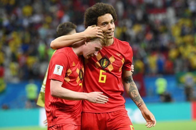 דה בריינה ואקסל ויטסל מאושרים בסיום (AFP)