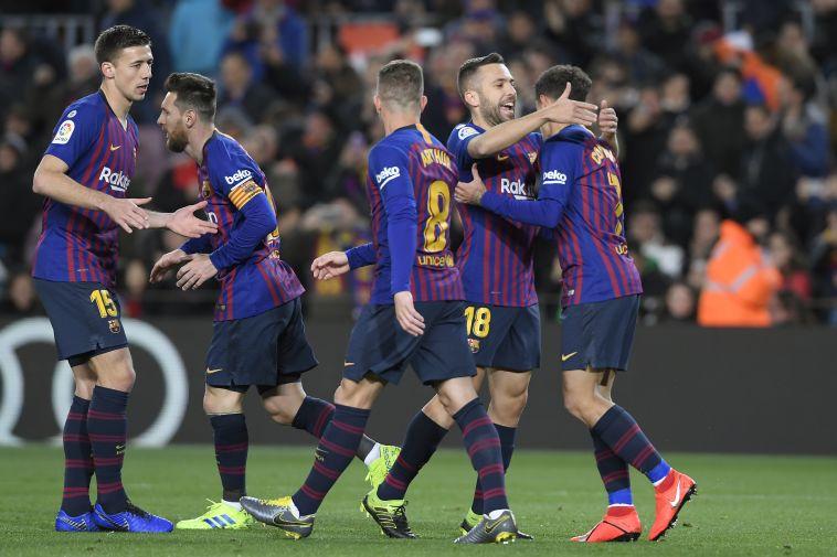 שחקני ברצלונה חוגגים. מחקו כל תקווה של היריבה (AFP)