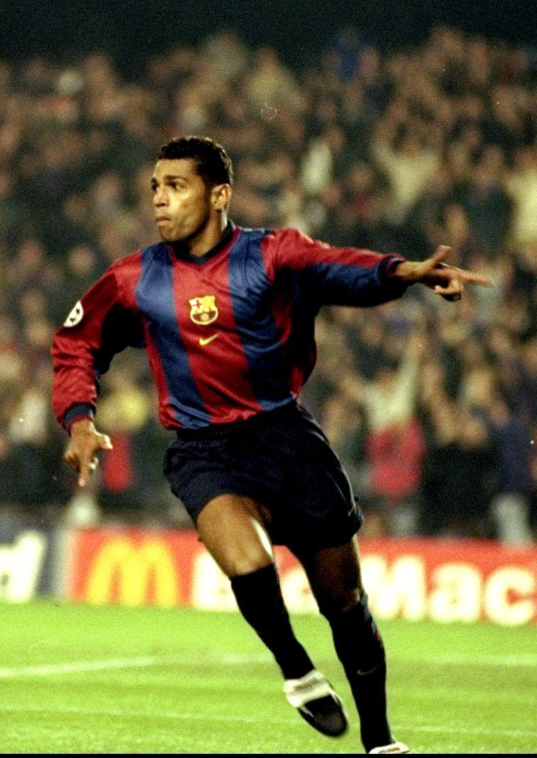"""סוני אנדרסון במדי ברצלונה ב-1998. """"היה לי קשה כי עליתי יותר מרונאלדו"""" (Gettyimages)"""