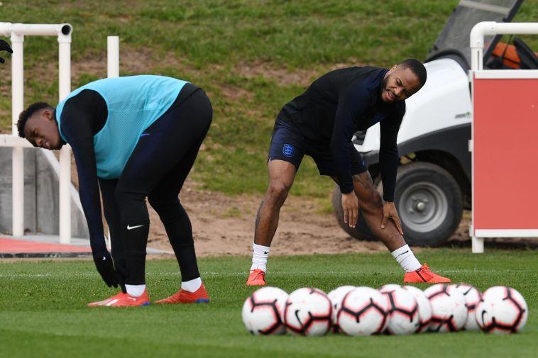 סטרלינג וסאנצ'ו. הנבחרת האנגלית מתבססת על צעירים (AFP)