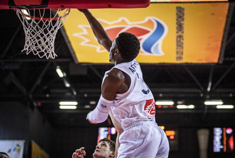 דילן אפו-מאמא, כוכב נבחרת צרפת. (FIBA)