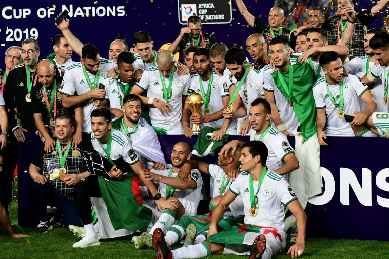 זינוק אדיר בזכות הזכייה בגביע אפריקה. נבחרת אלג'יריה (GIUSEPPE CACACE/AFP/Getty Images)