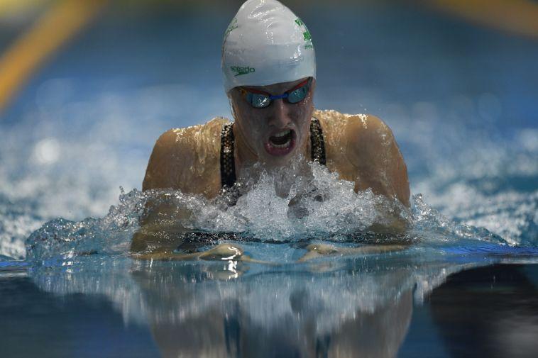 הפנים לקראת התחרות המשמעותית של השנה. לאה פולונסקי. (עמית שיסל, באדיבות איגוד השחייה בישראל)