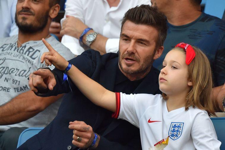 דיוויד בקהאם ובתו הרפר. יאמן את הנבחרת בעתיד? ( LOIC VENANCE/AFP/Getty Images)