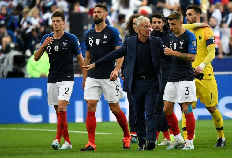 """דשאן. """"משהו בז'ירו עובד בנבחרת, (LIONEL BONAVENTURE/AFP/Getty Images)"""